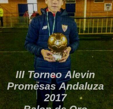El jugador  fontaniego, Iker Villar Mendoza denominado 'balon de oro' como mejor jugador de un campeonato de promesas a nivel de andaluz