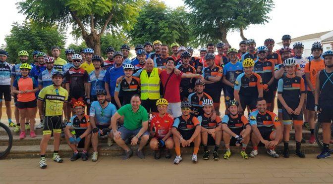 Fontaniegos y campaneros disfrutan de la Iª Quedada nocturna de ciclismo 'Los Chamuscaos'