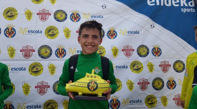 El fontaniego José Manuel Ruiz Puerta se ha proclamado campeón, con el R. Betis, del prestigioso torneo alevín de fútbol de Villarreal
