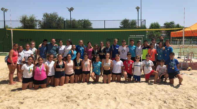 Finaliza el torneo base 3×3 de Voley Playa Verano 2019 (incluye vídeo y fotos)