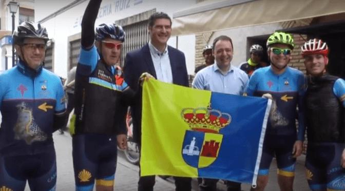 Cuatro ciclistas 'Bicigrinos' del Club BTT Fuentes recorrerán 1080 km con destino Santiago (incluye vídeo)