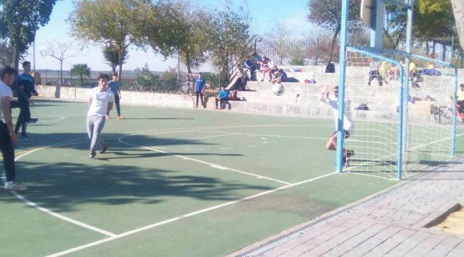 Arranca la Liga Navideña 2017/18 de 'La Alameda'